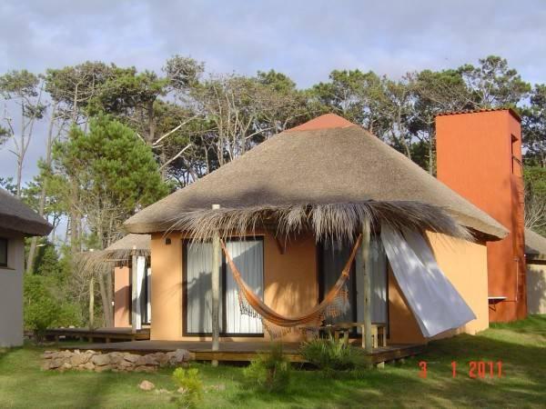 Hotel Aloha Village