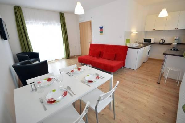 Hotel Toldi Apartments