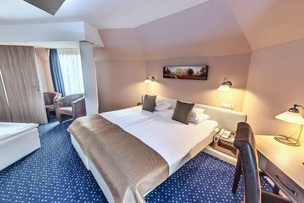 Kavics Spa Klub & Hotel