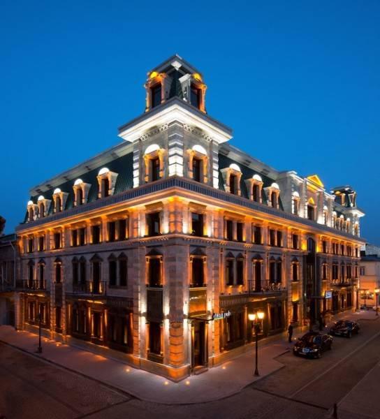 Hotel Divan Suites Batumi Диван Cюитс Батуми