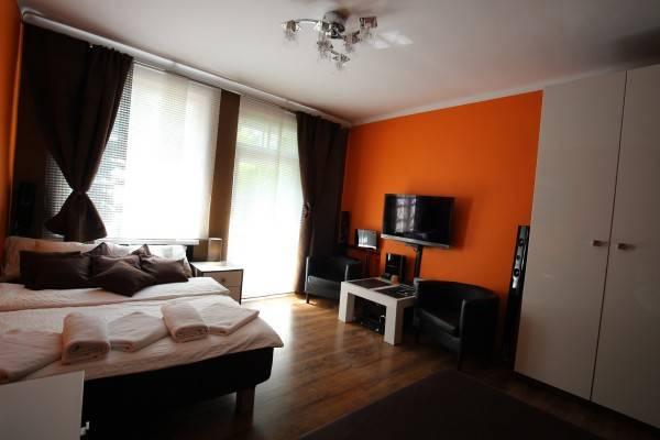 Hotel Rainbow Apartments 1
