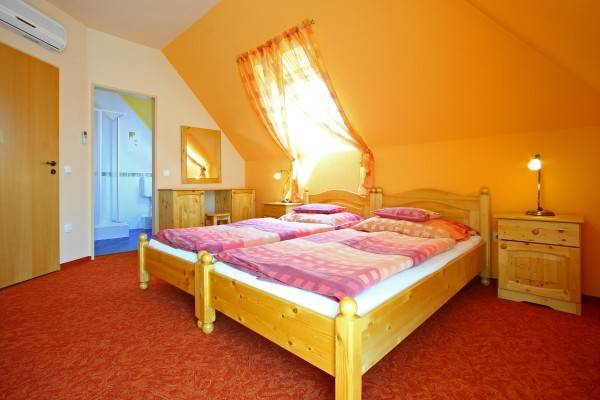 Hotel Levendula Apartman