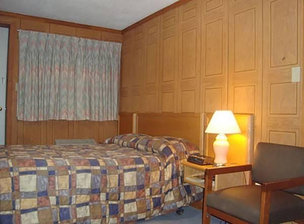 Cedar Lane Motel