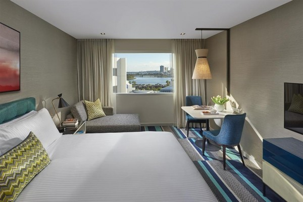 Hotel Crown Promenade Perth