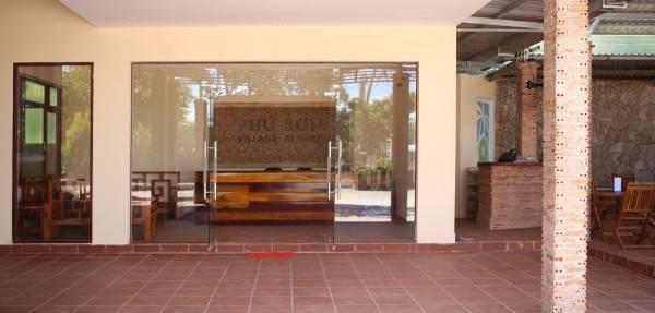 Hotel Phu Son Village Resort