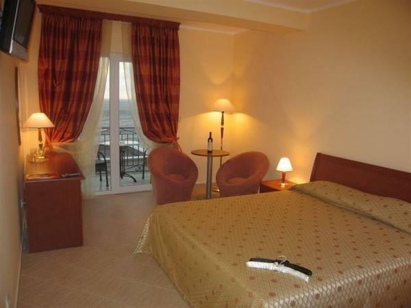 Hotel Romanov