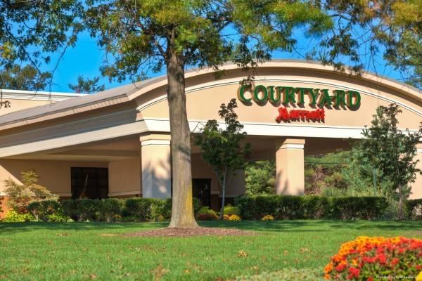 Hotel Courtyard Montvale