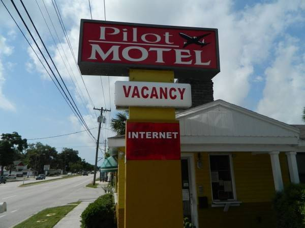 Pilot Motel