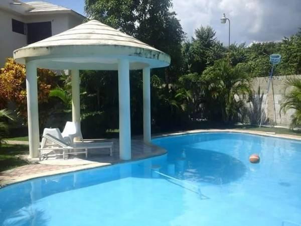 Hotel Villa Santos