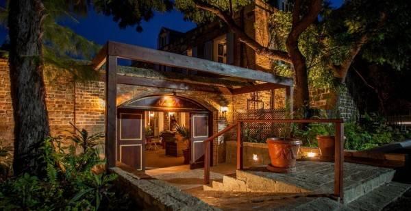Hotel Gunpowder House & Suites