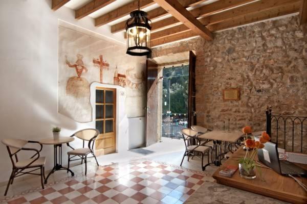 Ermita de la Victòria Petit Hotel